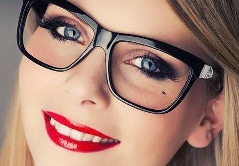 آرایش دانشجویی | آرایش صورت | آرایش دانشجویان | دانشجویان چگونه باید آرایش کنند ؟ | مدل آرایش دانشجویی | آرایش دانشجویی 2015 | آموزش آرایش دانشجویی