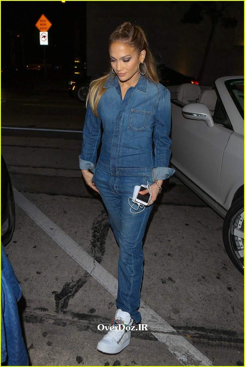 http://dl.overdoz.ir/Uploads/93/12/Jennifer-Lopez-New_www-OverDoz-IR%20(1).jpg
