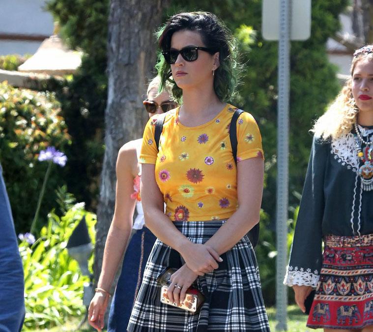 Katy Perry | کتی پری | کتی پری 2014 | عکس های جدید کتی پری | جدیدترین عکس های کتی پری | کتی پری و جان مایر | کتی پری و آدام لمبرت | عکس های جدید کتی پری | کتی پری و همسرش | کتی پری و همسر سابقش | کتی پری دانلود | دانلود موزیک ویدئو جدید کتی پری | موزیک ویدئو مصری کتی پری | کتی پری و ریحانا | رنگ موی جدید کتی پری | کتی پری موی سبز | کتی پری دانلود آهنگ | اخبار جدید کتی پری | آریا فان