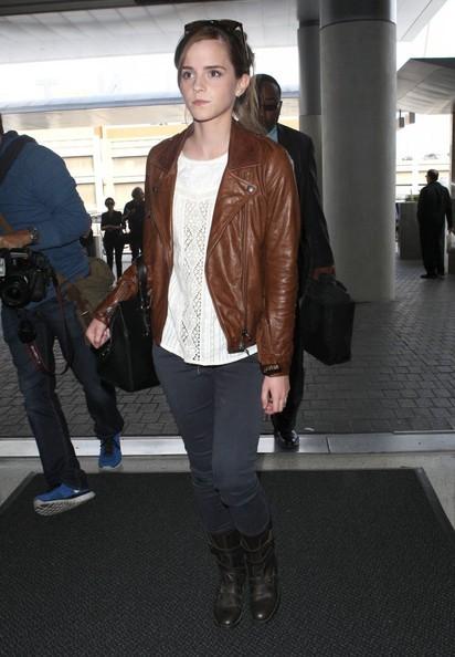 Emma Watson | عکس | Emma Watson 2014 | اما واتسون | اما واتسون 2014 | بیوگرافی اما واتسون | اما واتسون ویکیپدیا | عکس اما واتسون | عکس اما واتسون 2014 | عکس های اما واتسون 2014 | عکس های اما واتسون | جدیدترین عکس های اما واتسون | جدیدترین عکس های اما واتسون 2014 | فتوشات های جدید اما واتسون | شاتهای جدید اما واتسون | اما واتسون و دنیل رادکلیف | اما واتسون و روپرت گرینت | اما واتسون و تام فلتون | اما واتسون و جاستین بیبر | عکس های شخصی اما واتسون | اما واتسون و همسرش | آریا فان