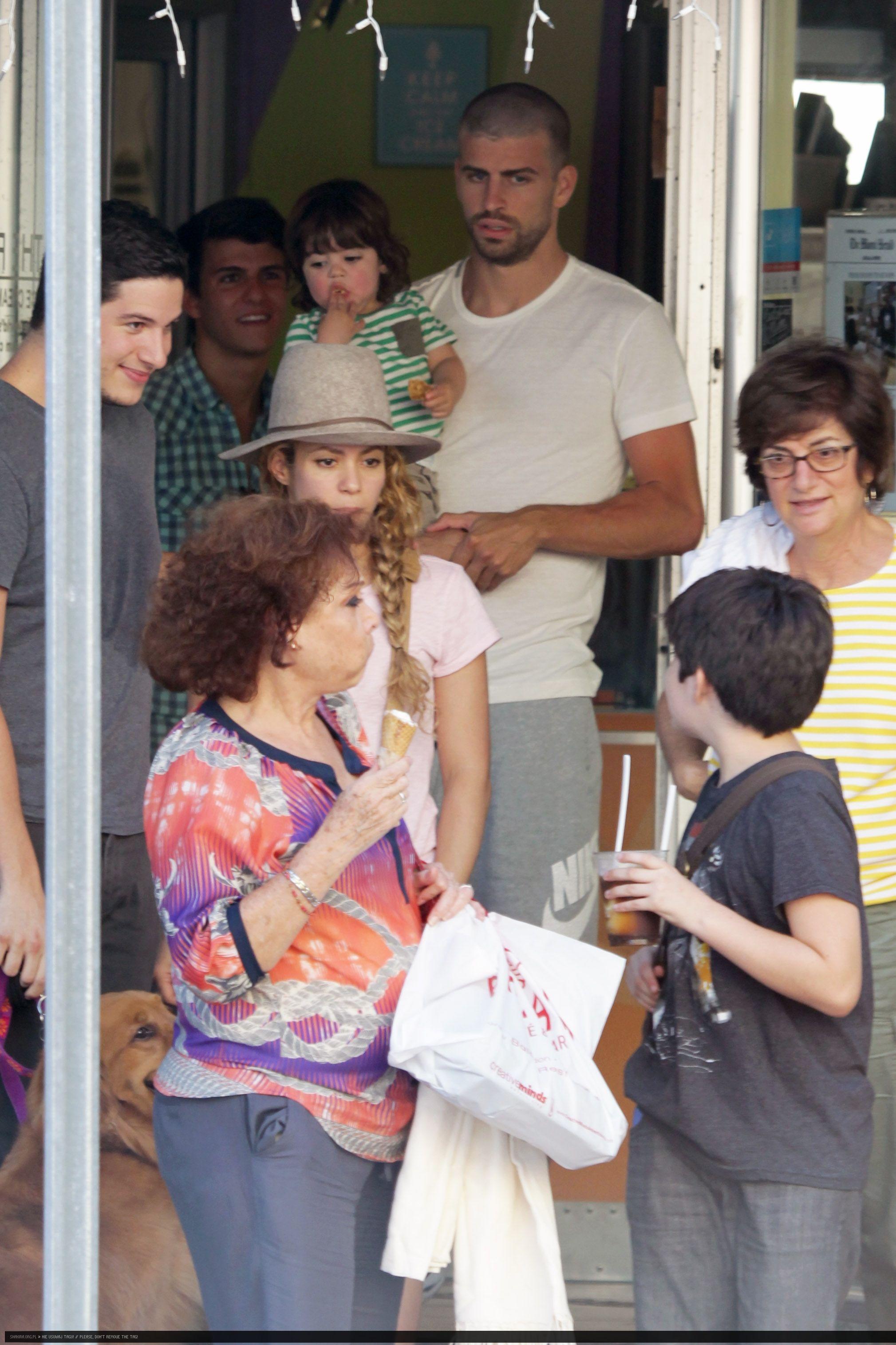 عکس های جدید شکیرا | جدیدترین عکس های شکیرا | شکیرا و جرارد پیکه | شکیرا و پسرش | شکیرا و پسرش میلان | عکس های جدید شکیرا و خانواده اش | شکیرا در برزیل 2014 | شکیرا و پیکه در برزیل 2014 | شاتهای جدید شکیرا | فتوشاتهای جدید شکیرا | شکیرا و میلان 2014 | شکیرا و پیکه | عکس جدید شکیرا و پیکه | شکیرا دانلود | دانلود موزیک ویدئو شکیرا برای جام جهانی 2014 | عکس های شکیرا و خانواده اش 2014 | کلیپ شکیرا | مدل موی جدید شکیرا | عکس های شخصی | شکیرا و همسرش | شکیرا و نامزدش | آریا فان | سایت عکس | عکس | سایت عکس خوانندگان هالیوودی