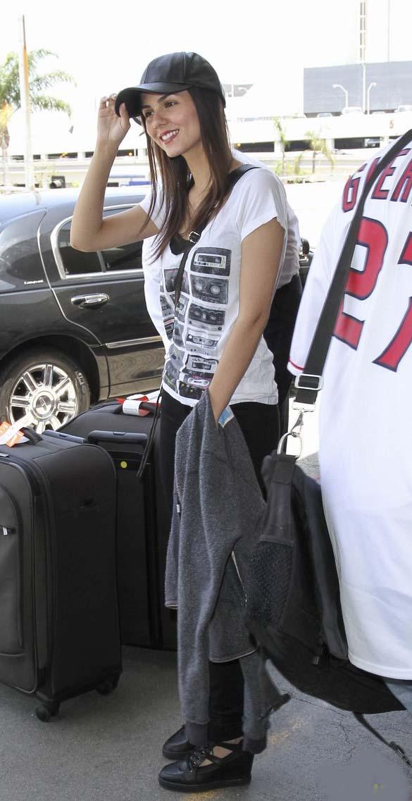 ویکتوریا جاستیس | عکس های جدید ویکتوریا جاستیس | جدیدترین عکس های ویکتوریا جاستیس | ویکتوریا جاستیس و همسرش | ویکتوریا جاستیس در لس آنجلس | ویکتوریا جاستیس و نامزدش | ویکتوریا جاستیس در فرودگاه | دانلود آهنگ های ویکتوریا جاستیس | ویکتوریا جاستیس 2014 | دانلود آهنگ جدید ویکتوریا جاستیس 2014 | عکس جدید ویکتوریا جاستیس | فتوشاتهای جدید ویکتوریا جاستیس | شاتهای تبلیغاتی جدید ویکتوریا جاستیس | ویکتوریا جاستیس دانلود | موزیک ویدئو ویکتوریا جاستیس | آریا فان | سایت عکس | سایت عکس خواننده هالیوودی
